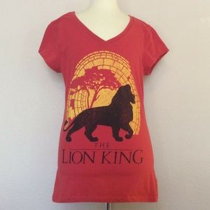 Disney's The Lion King - Red T-shirt (Large)